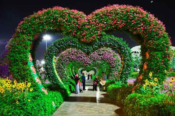 Dubai Miracle Garden Opening Months 2019 George S Blog